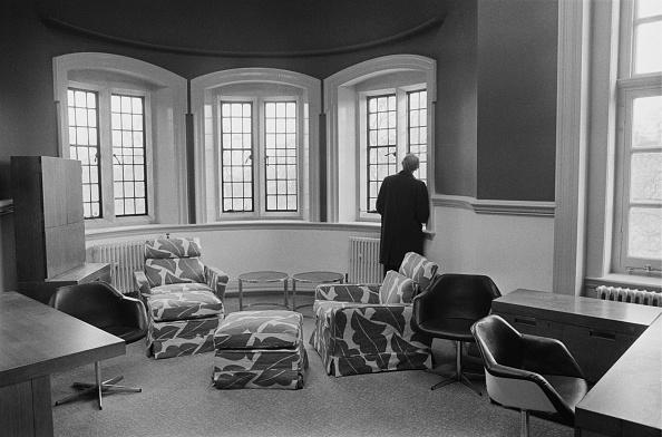 インテリア「Rooming quarters for British MPs」:写真・画像(13)[壁紙.com]