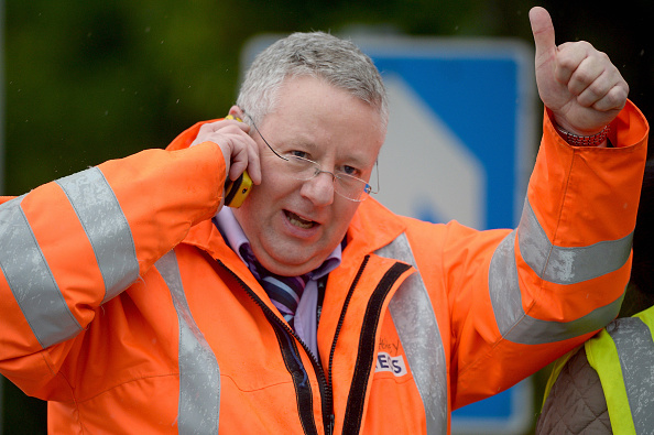 Corporate Business「Grangemouth Petrochemical Plant Saved From Closure」:写真・画像(8)[壁紙.com]