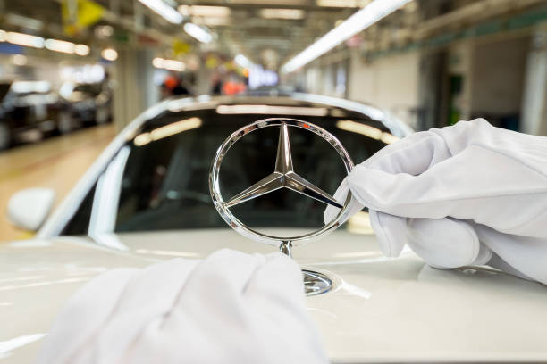 Economy「Mercedes-Benz Production At Daimler Sindelfingen Plant」:写真・画像(11)[壁紙.com]