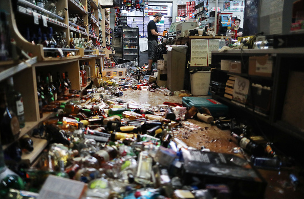 Bestof「Southern California Hit By Second Big Earthquake In Two Days」:写真・画像(18)[壁紙.com]