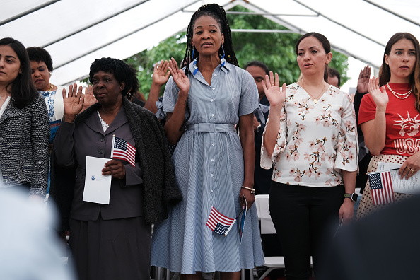 Patriotism「Naturalization Ceremony Held For New Citizens In Brooklyn Farmhouse Museum」:写真・画像(13)[壁紙.com]