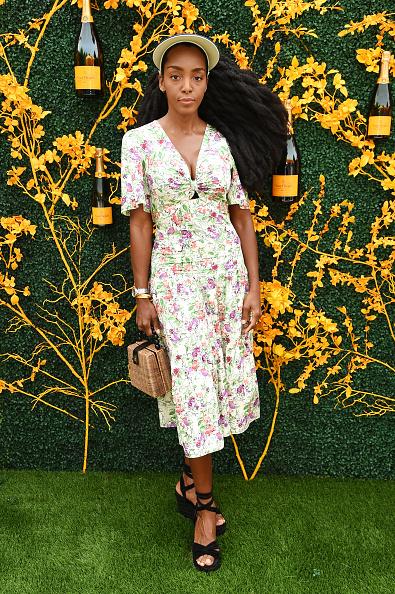 Midi Dress「12th Annual Veuve Clicquot Polo Classic - Arrivals」:写真・画像(8)[壁紙.com]