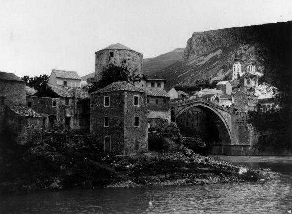 Bridge - Built Structure「Mostar」:写真・画像(3)[壁紙.com]