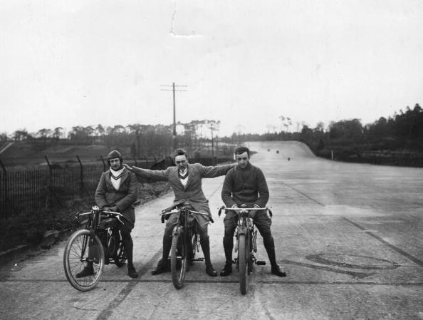 Partnership - Teamwork「Biking Fraternity」:写真・画像(12)[壁紙.com]