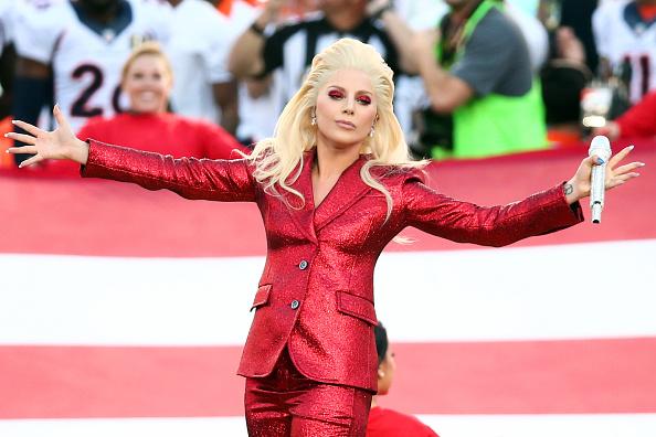 Super Bowl「Lady Gaga Sings The National Anthem At Super Bowl 50」:写真・画像(18)[壁紙.com]
