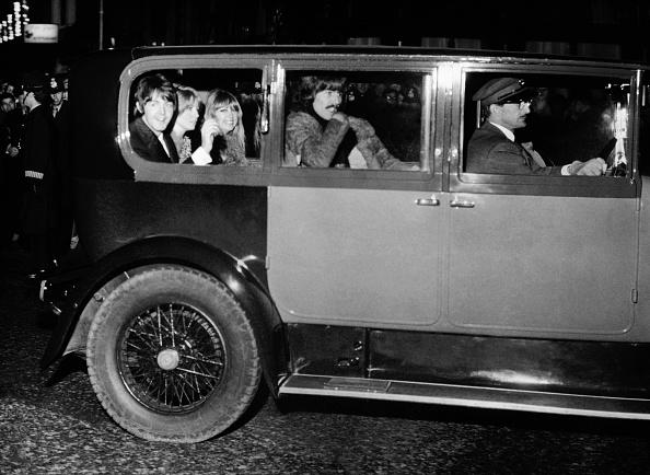 夜景「Beatles At Film Premiere」:写真・画像(13)[壁紙.com]