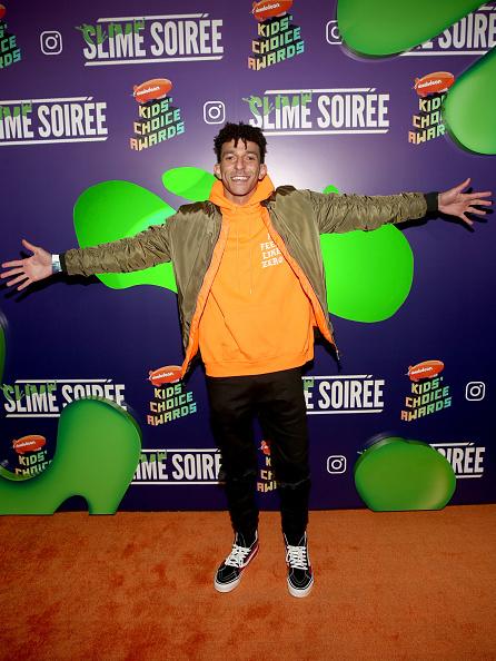 オレンジ色「2019 Nickelodeon Kids' Choice Awards Slime Soiree」:写真・画像(4)[壁紙.com]