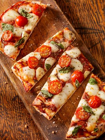 Rectangle「Margherita Flat Bread Pizza」:スマホ壁紙(1)