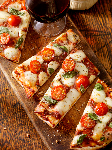 Square Shape「Margherita Flat Bread Pizza」:スマホ壁紙(18)