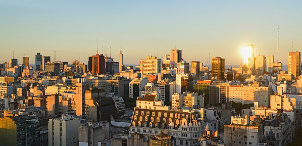 Buenos Aires「Argentina, Buenos Aires, Panoramic view of cityscape at dusk」:スマホ壁紙(9)