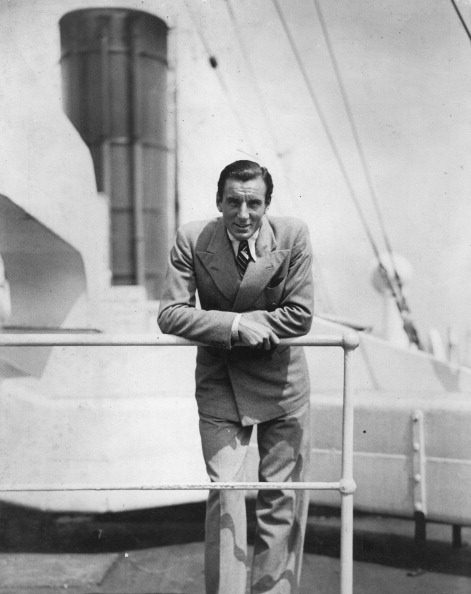 Passenger Craft「The British Tennis Player Fred Perry On The Ship Berengaria On The Way To The U.S.A. 7Th August 1935. Photograph.」:写真・画像(14)[壁紙.com]