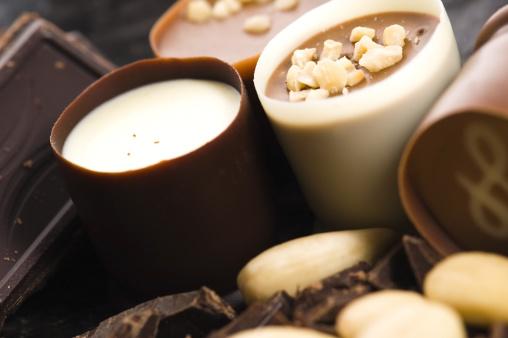 Praline「chocolates with sweet almonds」:スマホ壁紙(19)
