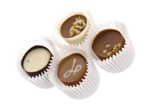 Praline「chocolates with sweet almonds」:スマホ壁紙(3)
