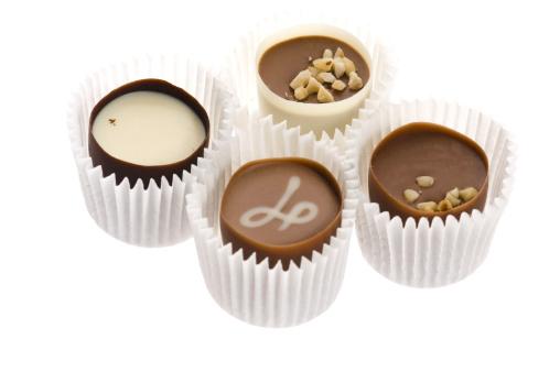 Praline「chocolates with sweet almonds」:スマホ壁紙(9)