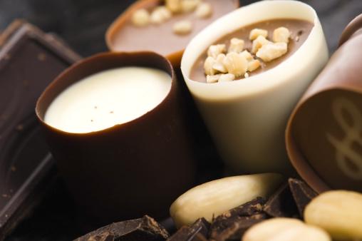 Praline「chocolates with sweet almonds」:スマホ壁紙(14)
