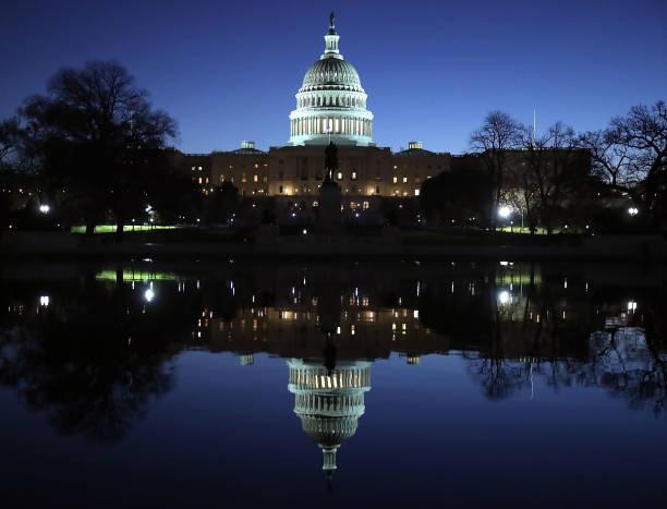 Capitol Building - Washington DC「U.S. Capitol Reflection」:写真・画像(11)[壁紙.com]
