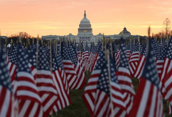 Capitol Hill「Washington DC Prepares For Inauguration Of Joe Biden As 46th President」:写真・画像(1)[壁紙.com]