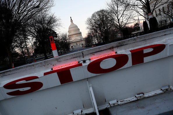 Politics「Partial Government Shutdown Continues As Congress And President  Fail To Reach Deal」:写真・画像(3)[壁紙.com]