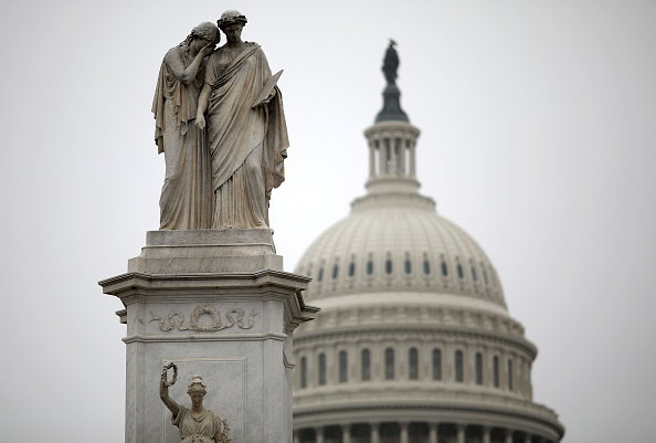 Washington DC「Capitol Hill Remains Shuttered As Government Shutdown Enters Ninth Day」:写真・画像(8)[壁紙.com]