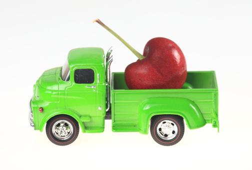 おもちゃのトラック「トラックおよびチェリーズ」:スマホ壁紙(19)