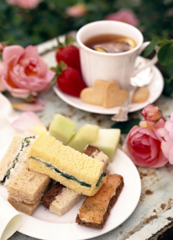Picnic「Finger sandwiches with tea」:スマホ壁紙(13)