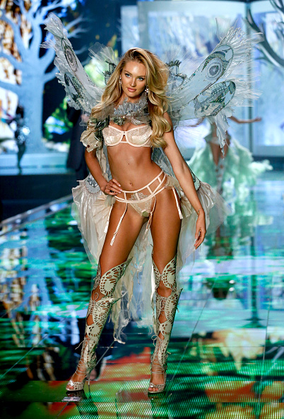 キャンディス・スワンポール「2014 Victoria's Secret Runway Show  - Swarovski Crystal Looks」:写真・画像(13)[壁紙.com]