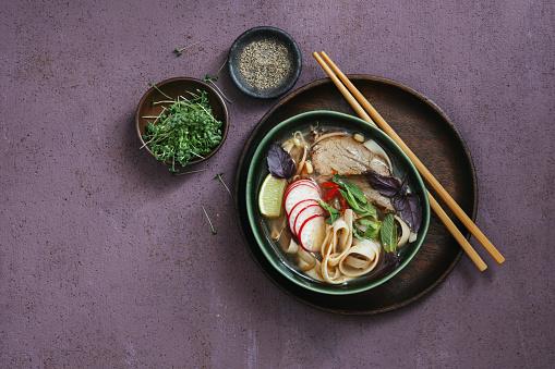 Vietnamese Cuisine「Authentic Pho Beef Noodle Soup. Vietnamese Traditional Food」:スマホ壁紙(11)