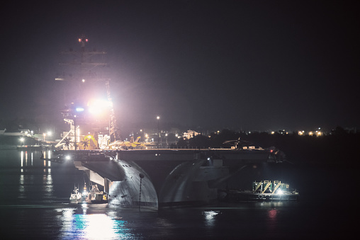 スクエア「米国海軍航空母艦」:スマホ壁紙(15)