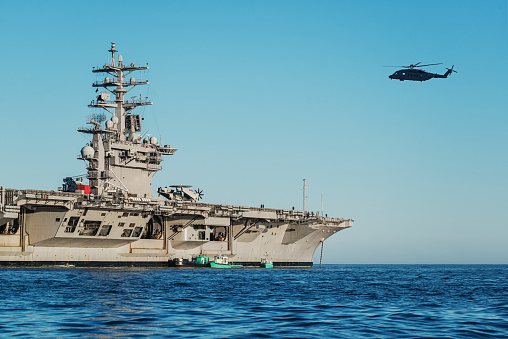 Military Ship「US Navy Aircraft Carrier」:スマホ壁紙(11)