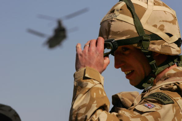 CH-47 Chinook「British And Afghan Forces Battle Taliban In Helmand Province」:写真・画像(10)[壁紙.com]
