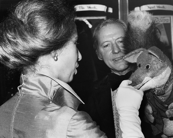 Basil「Grand Order Of Water Rats Charity Dinner」:写真・画像(2)[壁紙.com]