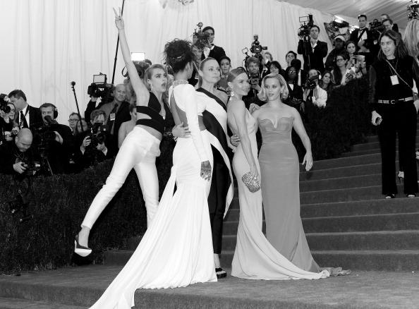 "Stella McCartney - Designer Label「""Charles James: Beyond Fashion"" Costume Institute Gala - Alternative Views」:写真・画像(16)[壁紙.com]"
