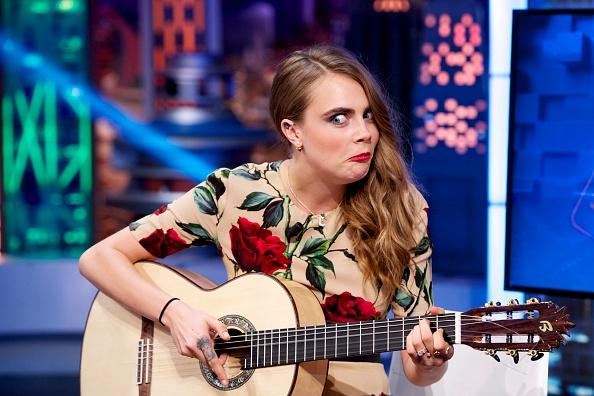 Making A Face「Cara DelevingneAttends 'El Hormiguero' Tv Show」:写真・画像(2)[壁紙.com]