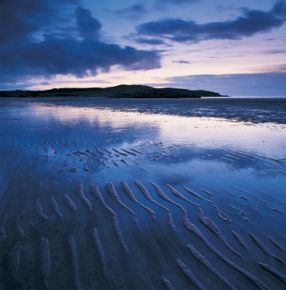 アクナヘアードビーチ「Ripples in sand on beach」:スマホ壁紙(0)