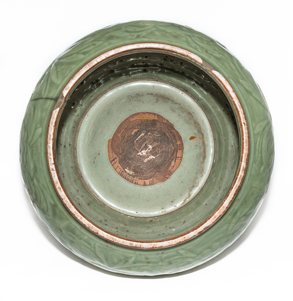 Circa 14th Century「Longquan Celadon Jar 14th Century」:写真・画像(15)[壁紙.com]