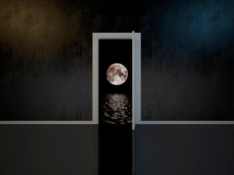 月「お部屋のドアには、夢」:スマホ壁紙(5)