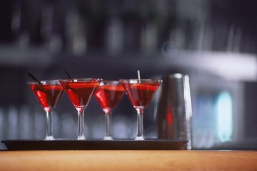 Cosmopolitan Cocktail「Row of cocktails」:スマホ壁紙(7)