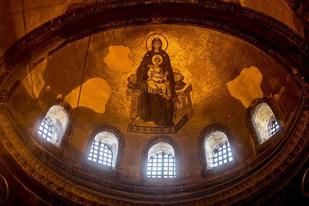 Hagia Sophia Istanbul's Top Tourist Attraction:ニュース(壁紙.com)