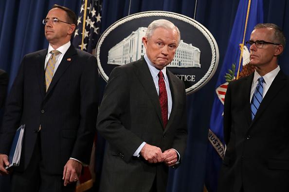 USA「AG Jeff Sessions Announces Int'l Cybercrime Enforcement Action At Justice」:写真・画像(9)[壁紙.com]