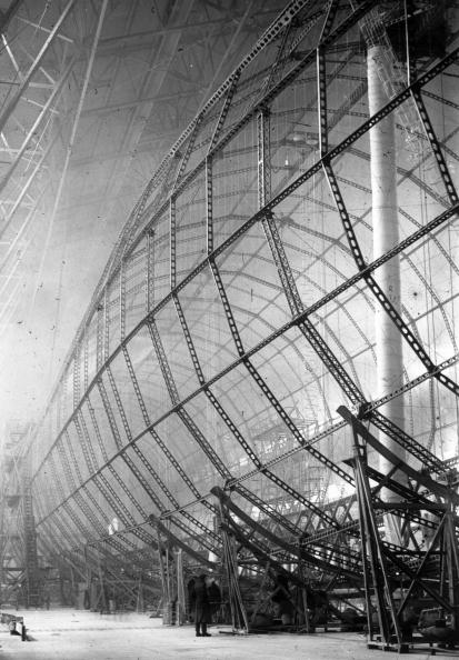 Construction Industry「Zeppelin Building」:写真・画像(4)[壁紙.com]
