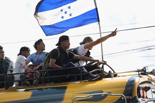 Honduras「Migrant Caravan Pushes Through Guatemala Towards Mexico」:写真・画像(5)[壁紙.com]