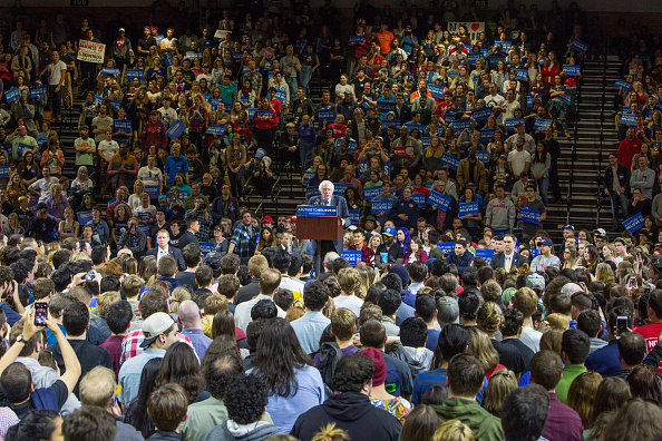 US Democratic Party 2016 Presidential Candidate「Poughkeepsie Future To Believe In Rally」:写真・画像(4)[壁紙.com]
