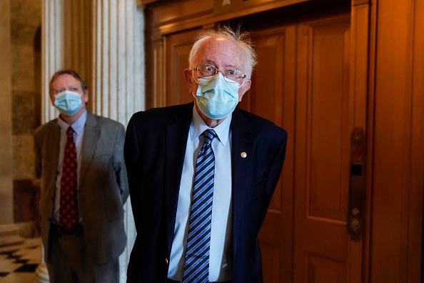Joshua Roberts「Senate Returns To Capitol Hill To Resume Debate On Overriding Veto Of NDAA」:写真・画像(4)[壁紙.com]