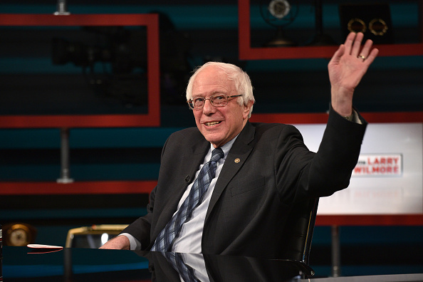 "Bernie Sanders「""The Nightly Show With Larry Wilmore"" Welcomes Senator Bernie Sanders As Guest On Tuesday, January 5, 2016」:写真・画像(11)[壁紙.com]"