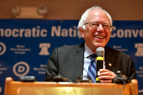 Democratic National Convention 2016「Sen. Bernie Sanders Speaks To The VT, NH, and ME Delegations」:写真・画像(19)[壁紙.com]