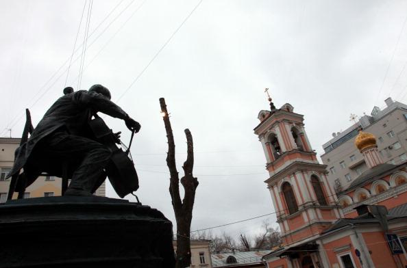Classical Musician「Rostropovich Statue」:写真・画像(12)[壁紙.com]