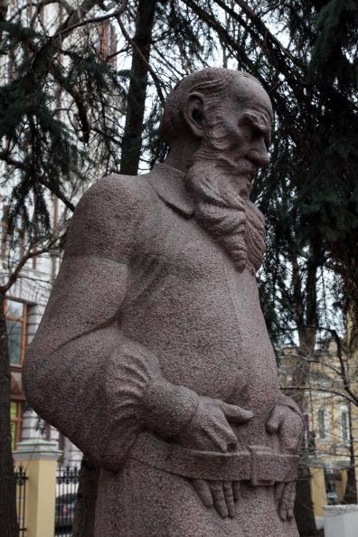 T 「Tolstoy Statue」:写真・画像(7)[壁紙.com]