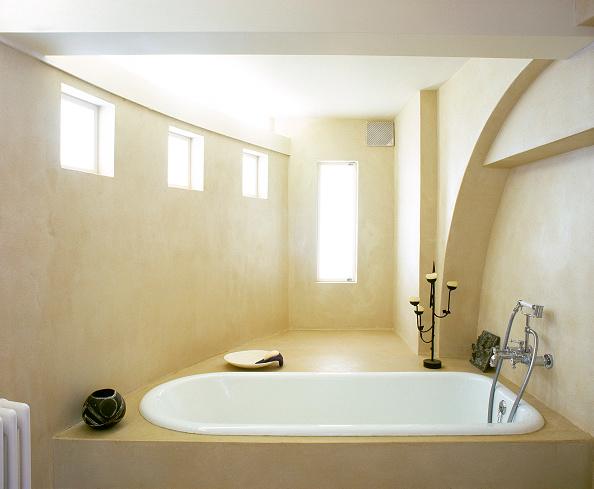 2002「Bathrooom in modern loft apartment. Designed and built by modernarc」:写真・画像(0)[壁紙.com]