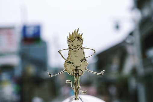 Paper Craft「Ride a bicycle」:スマホ壁紙(10)