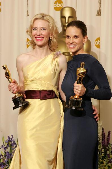 Curly Hair「The 77th Annual Academy Awards - Deadline Photo Room」:写真・画像(12)[壁紙.com]